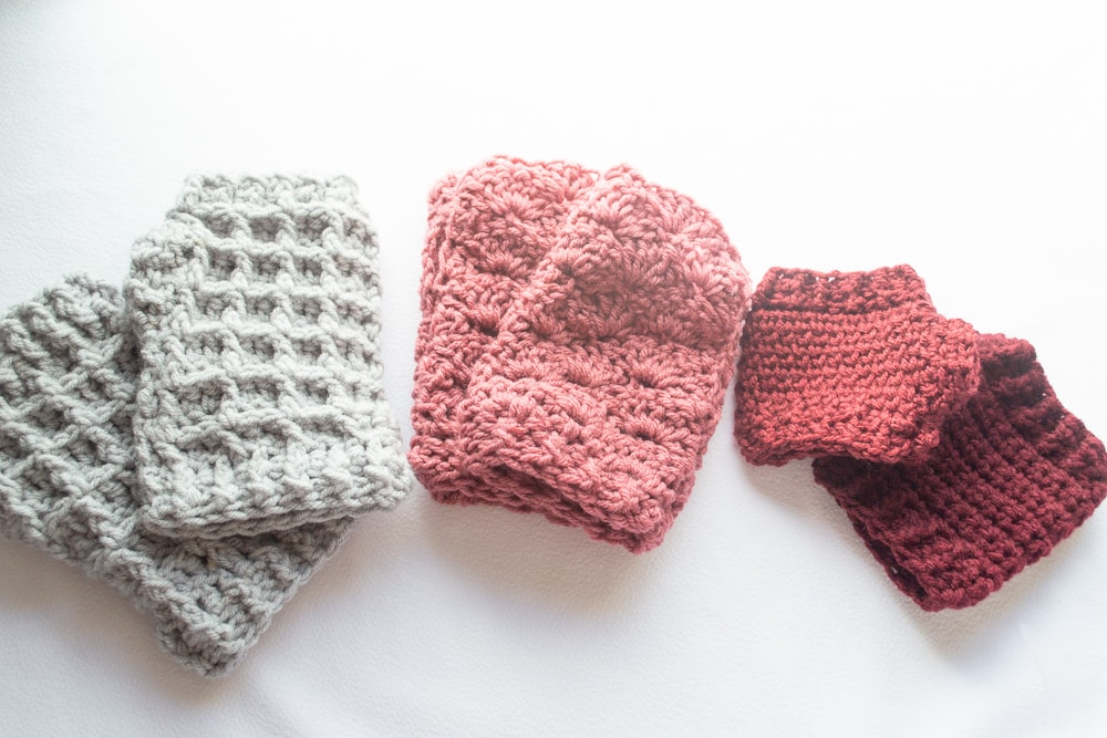All three of the fingerless gloves that have crochet patterns included