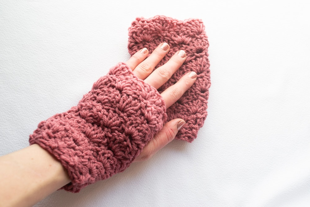 pink shell stitch fingerless gloves in crochet shell stitch